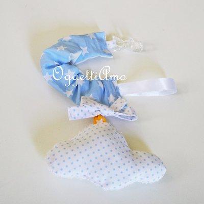Catenella porta-ciuccio 'Nuvole': un'originale idea regalo per un neonato e la sua mamma!