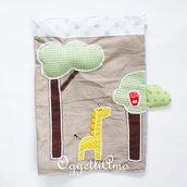 Sacche in stoffa ricamate con applicazioni colorate: una sacca con una giraffa golosa per il suo cambio a scuola!