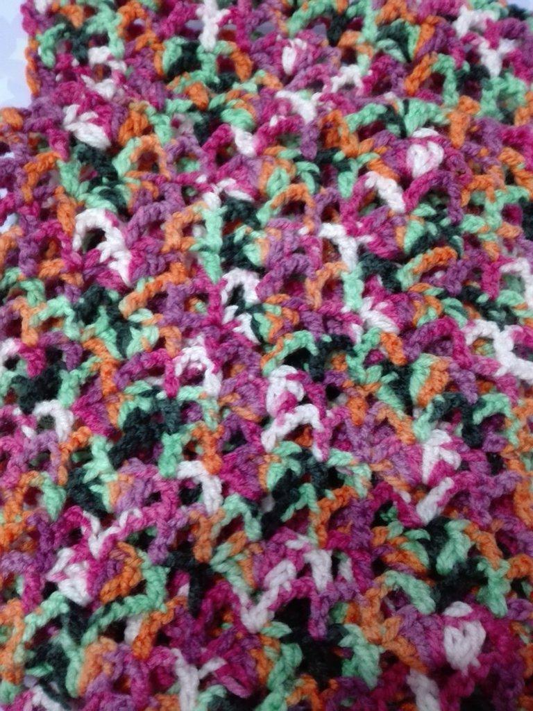 Sciarpa snood all'uncinetto multicolor