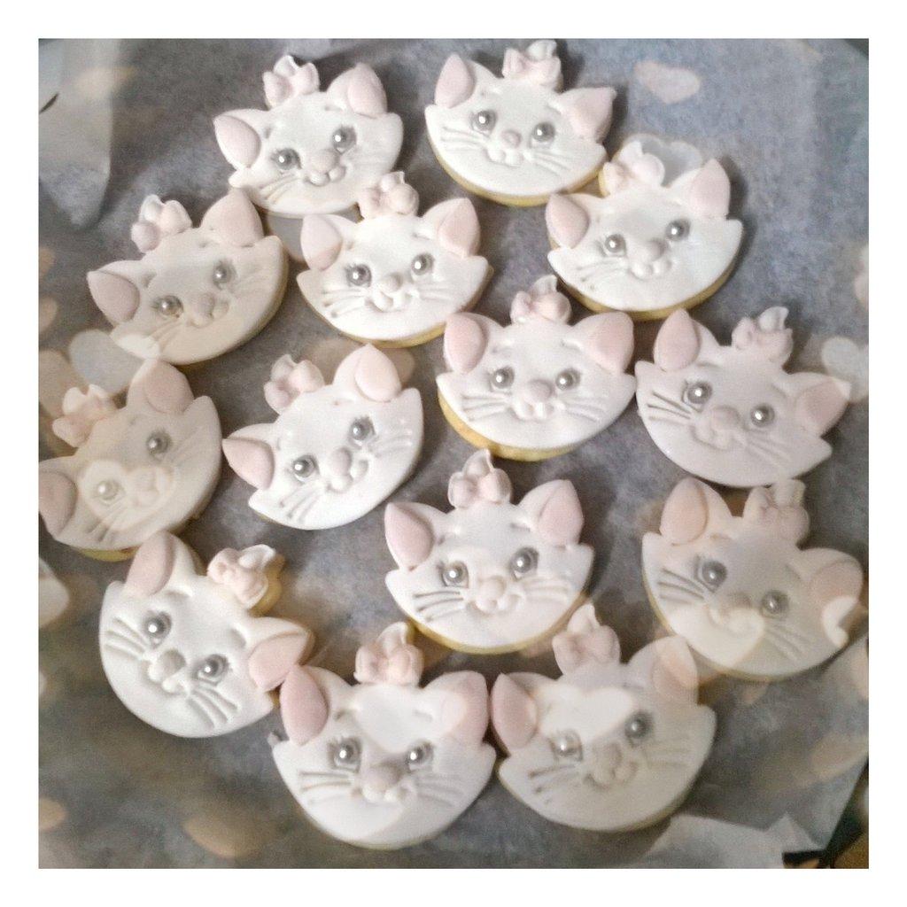 Biscotti Decorati Compleanno Minou Aristogatti Cake Design Pron