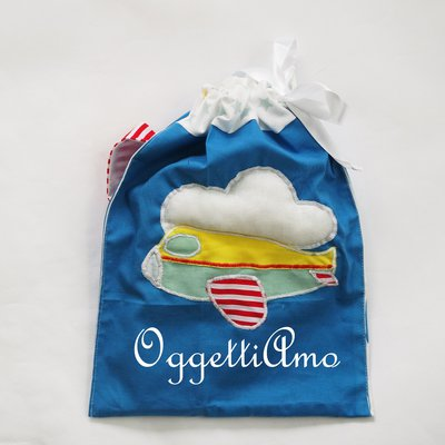 Sacca del coordinato 'Aeroplano tra le nuvole': sacche ricamate per pannolini, cambio, asilo, personalizzabili per voi!
