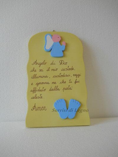 """Pala con preghiera """"Angelo di Dio"""" in legno verniciato piedini azzurri"""