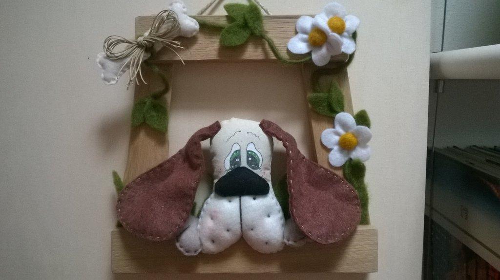 _ Cornice country soggetto cane e decorazione floreale_