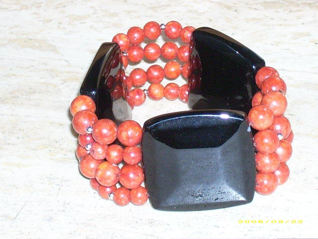 Bracciale bracciali madrepora e agata nera donna