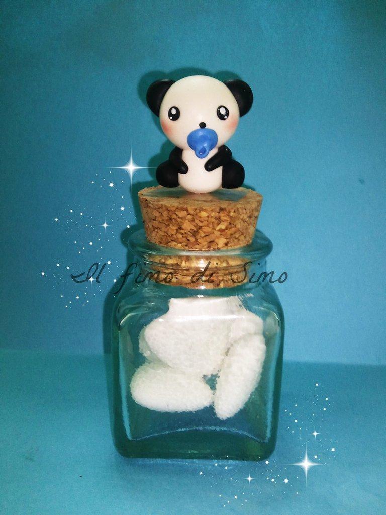 bomboniera vasetto di vetro con panda in fimo