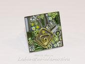 Anello in mosaico verde