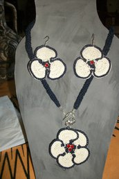 collane e orecchini completo,papure ,accessori