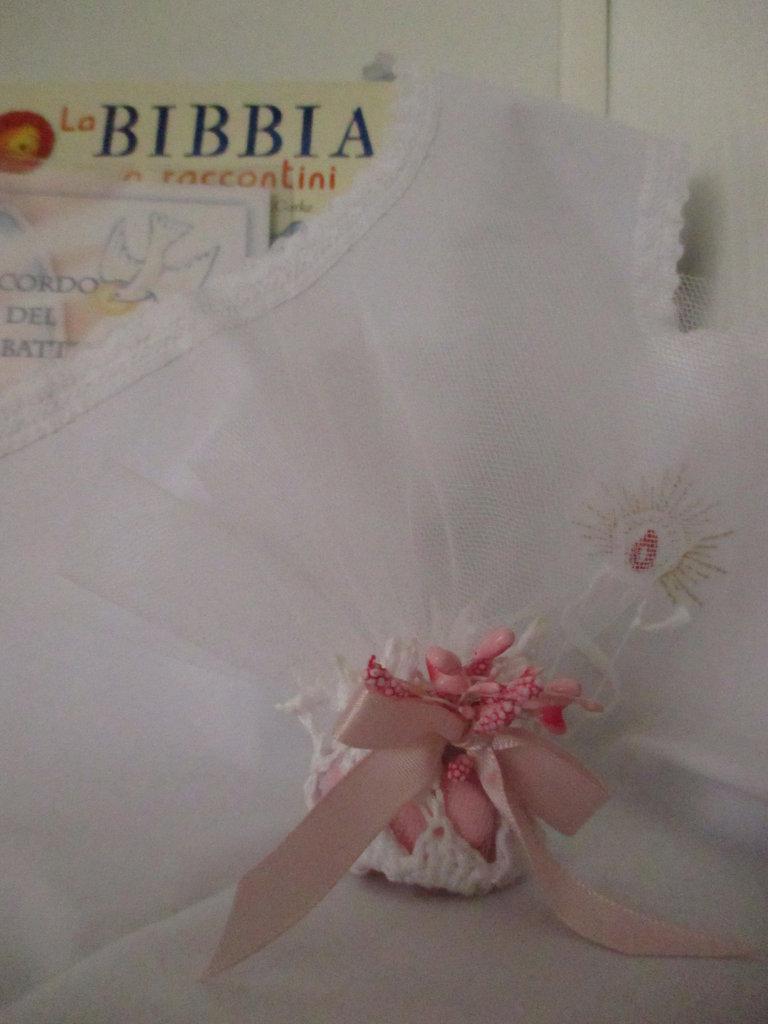Centrino/Bomboniera portaconfetti a uncinetto con fiore