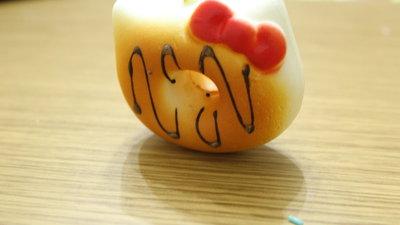 Squishy tipo Hello Kitty con glassa