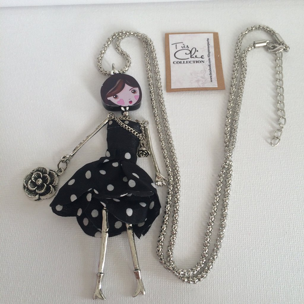 Collana con bambolina- New doll necklace