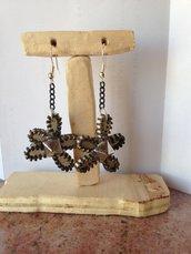 Orecchini pendenti fatti a mano