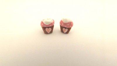 ORECCHINI PERNO  -CUPCAKE rosa con panna    - FIMO - adatto anche a bambine  - kawaii