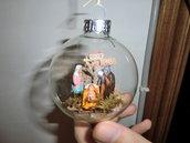 Presepe in pallina di vetro con statuine in terracotta di 3 cm !!!!!