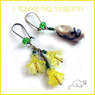 """Orecchini  """" Zoccolo olandese e fiori""""  gialli lucite ceramica bronzo idea regalo san valentino eleganti"""
