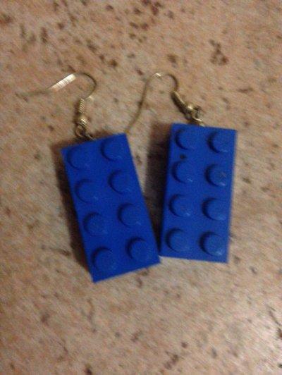 orecchini pendenti con mattoncini LEGO BLU
