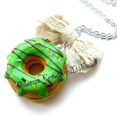Collana- Donut - Ciambella con glassa verde e fiocco - idea regalo