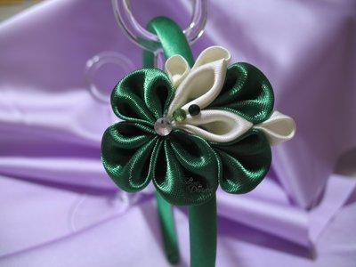 Cerchietto decoro kanzashi in raso colore verde