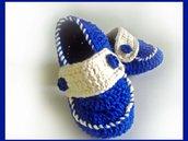 Mocassini stile marinaio  realizzati ad uncinetto in lana o cotone blu e bianco - Modello sky-