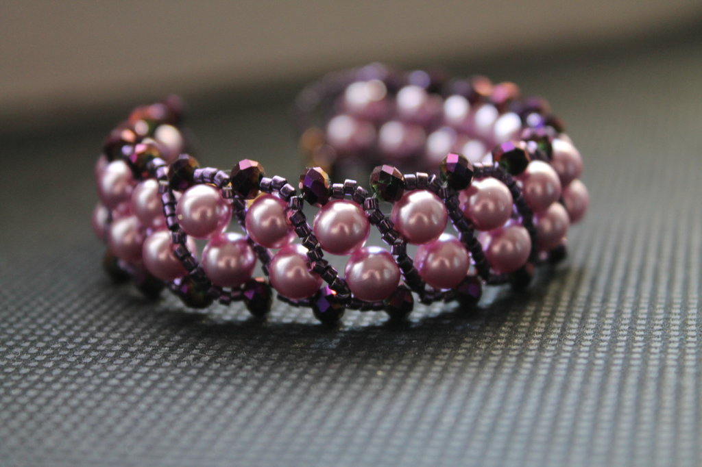 Braccialetto con perle lilla perline miyuki viola e cristalli