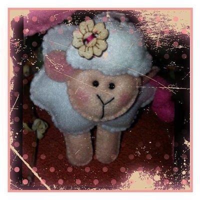 Pecorella in pannolenci