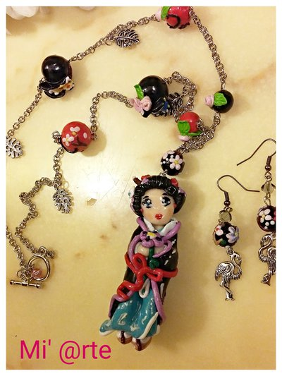collana e orecchini geisha in fimo handmade
