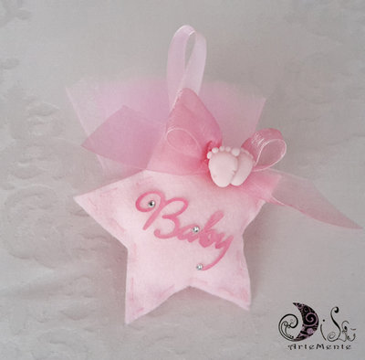 Bomboniera nascita e battesimo stellina portaconfetti imbottita baby con piedini