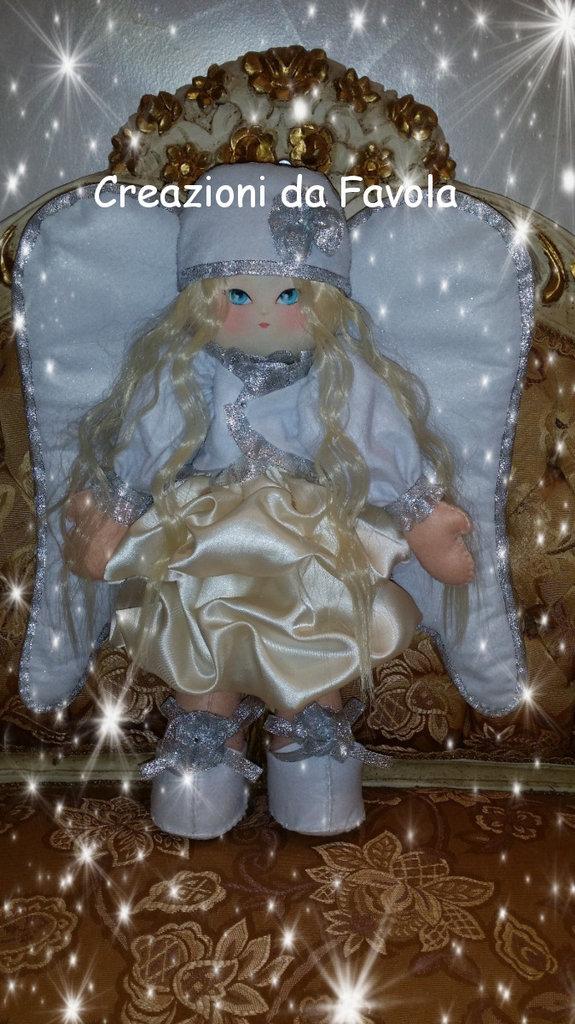 Bambola in feltro Angelica