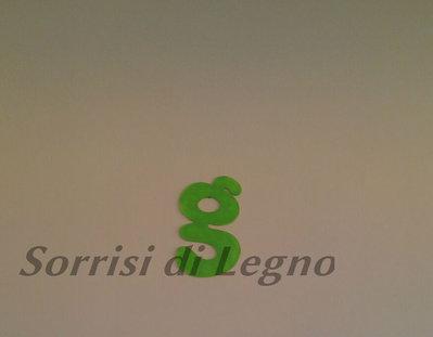 Lettera G realizzata in legno