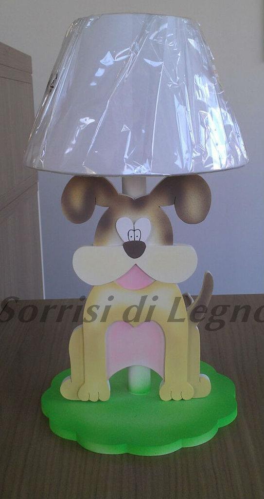 Abat-Jour realizzata in legno con immagine di un cagnolino