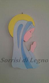Madonnina realizzata in legno sulle tonalità dell'azzurro