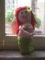 Lavoro all'uncinetto: Bambola La Sirenetta