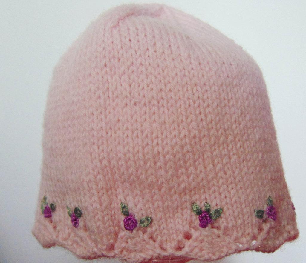 Cappellino  romantico per neonata