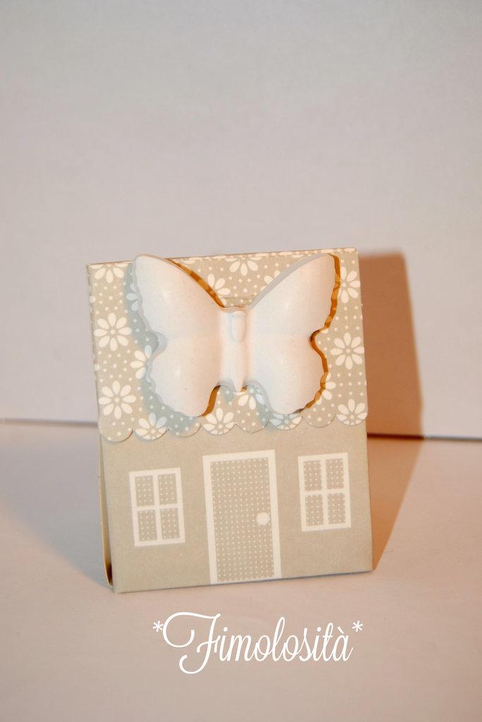 Portaconfetti casetta con gessetti profumati per Bomboniere nascita e battesimo ;)