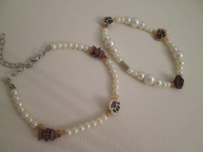 Bracciale bottoni decorativi e perle