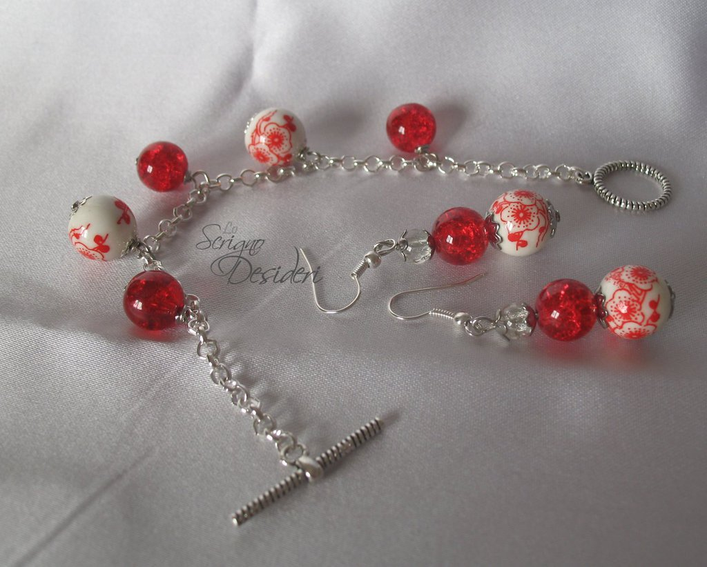 Parure Bracciale e orecchini con perle in vetro e ceramica