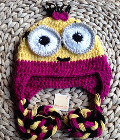 Minion femmina cappellino uncinetto