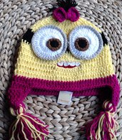 Cappellino Minion femmina uncinetto