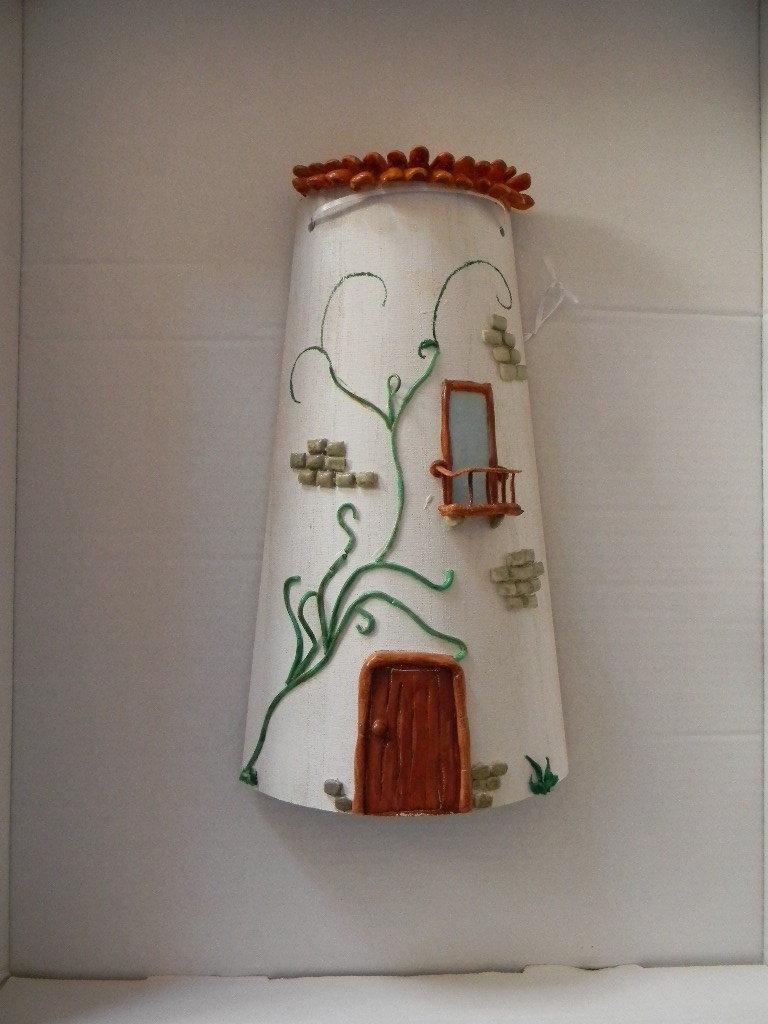 Tegola in Legno decorata con Pasta di Mais