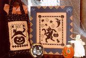 Black Cats' Halloween - Schema Punto Croce Gatti Neri - Waxing Moon Designs