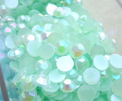 50pz - STRASS PLASTICA verde chiaro mm 6