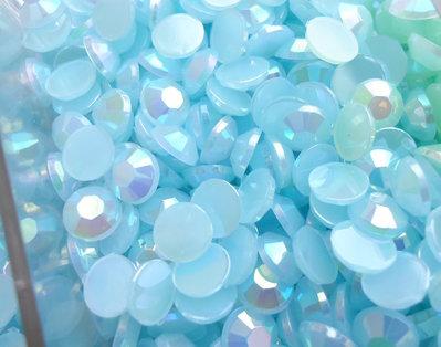 50pz - STRASS PLASTICA azzurro chiaro mm 6