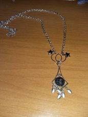 collana con pendente nero
