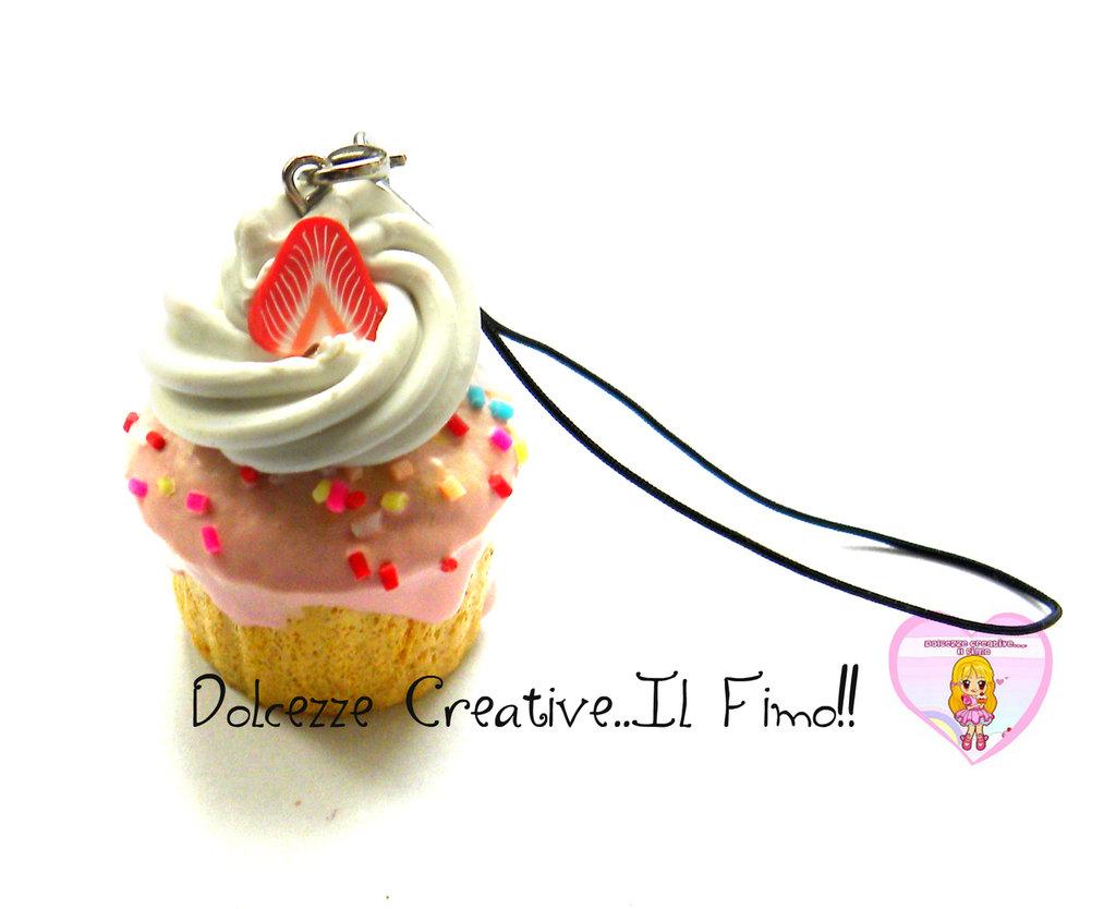 Portachiavi  Squishy Cupcake dolci con glassa - panna e fragole