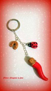 Portachiavi in fimo handmade cornetto coccinella ferro di cavallo portafortuna idea regalo