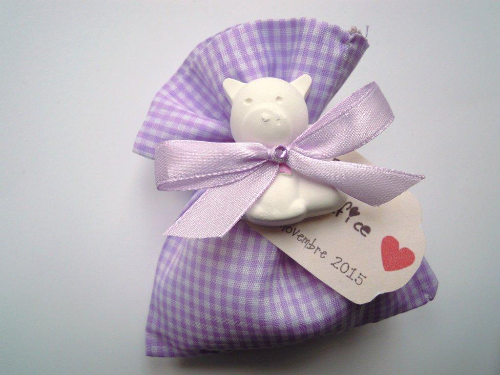 sacchettino in stoffa lilla con gessetto orsetto