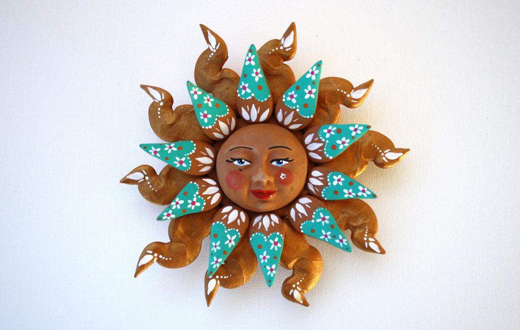 Sole da appendere a parete in terracotta dipinto a mano / Bomboniera (46)