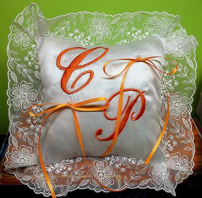 Cuscino fedi cuscinetto portafedi organza ricamo personalizzato iniziali sposi