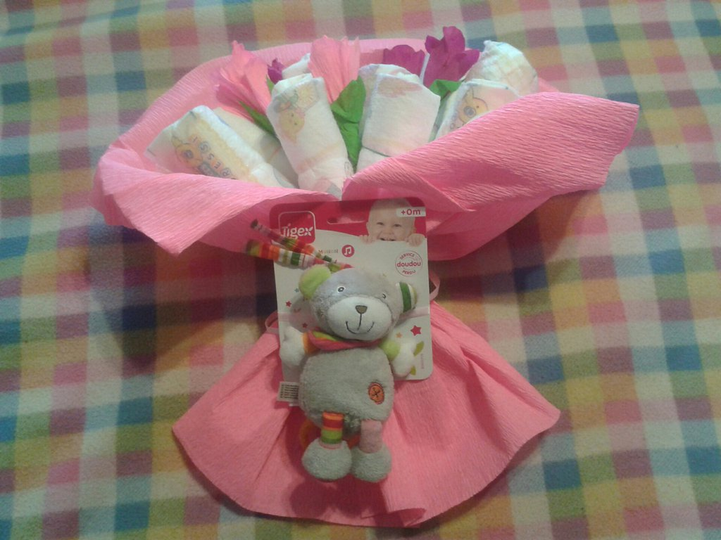 bouquet di pannolini - torta di pannolini - diaper cake
