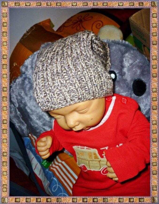Cappello cilindrico neonato
