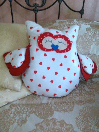 cuscino a forma di gufetto